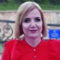 Ewelina Śmieja po dyrektora